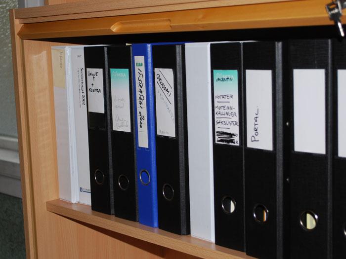 Sentralarkivet sine ringpermer og dokumenter