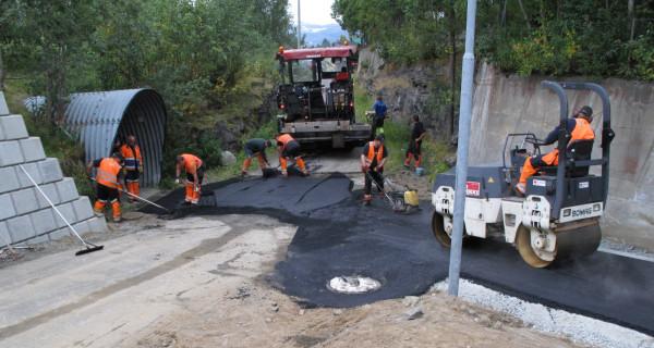 Undergangen asfalt  600