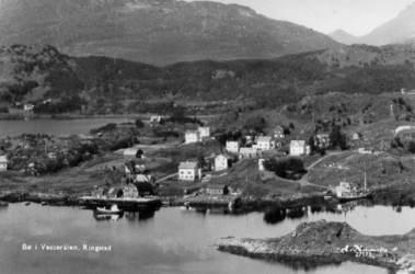 Postkort/flyfoto over Ringstad ca. 1952-54. Bildet er lånt av Aslaug Engenes.