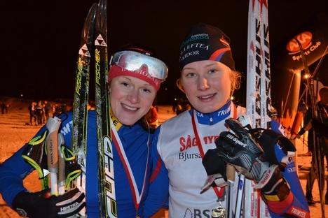 Nöjda med långloppsdebuten. Helene Söderlund och Marika Sundin, tvåa och etta i AXA Ski Marathon. FOTO: Johan Trygg.