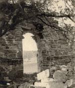 Kirkeruinene 1934. Foto: Gerhard Fischer