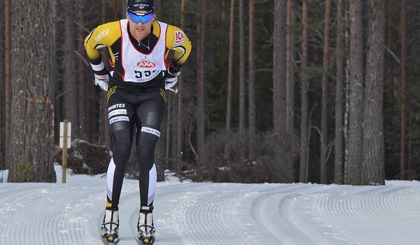 Jens Eriksson tog hem Björnjakten i Älvdalen precis före Gabriel Thorn. FOTO: Johan Trygg/Längd.se.