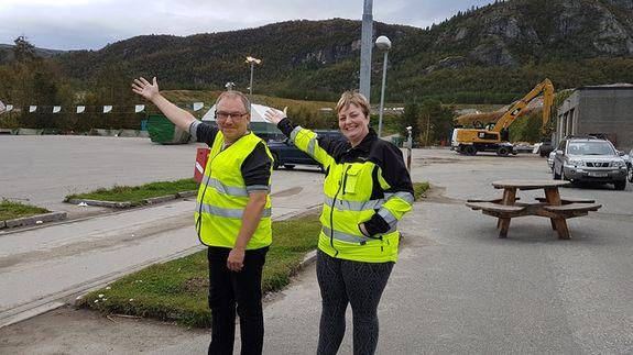 Geir Olsen og Heidi N. Kvarsnes ønsker velkommen til åpen dag