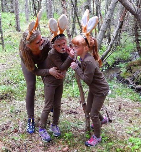 Eventyrvandring på Strøksnes, her i Artigskogen
