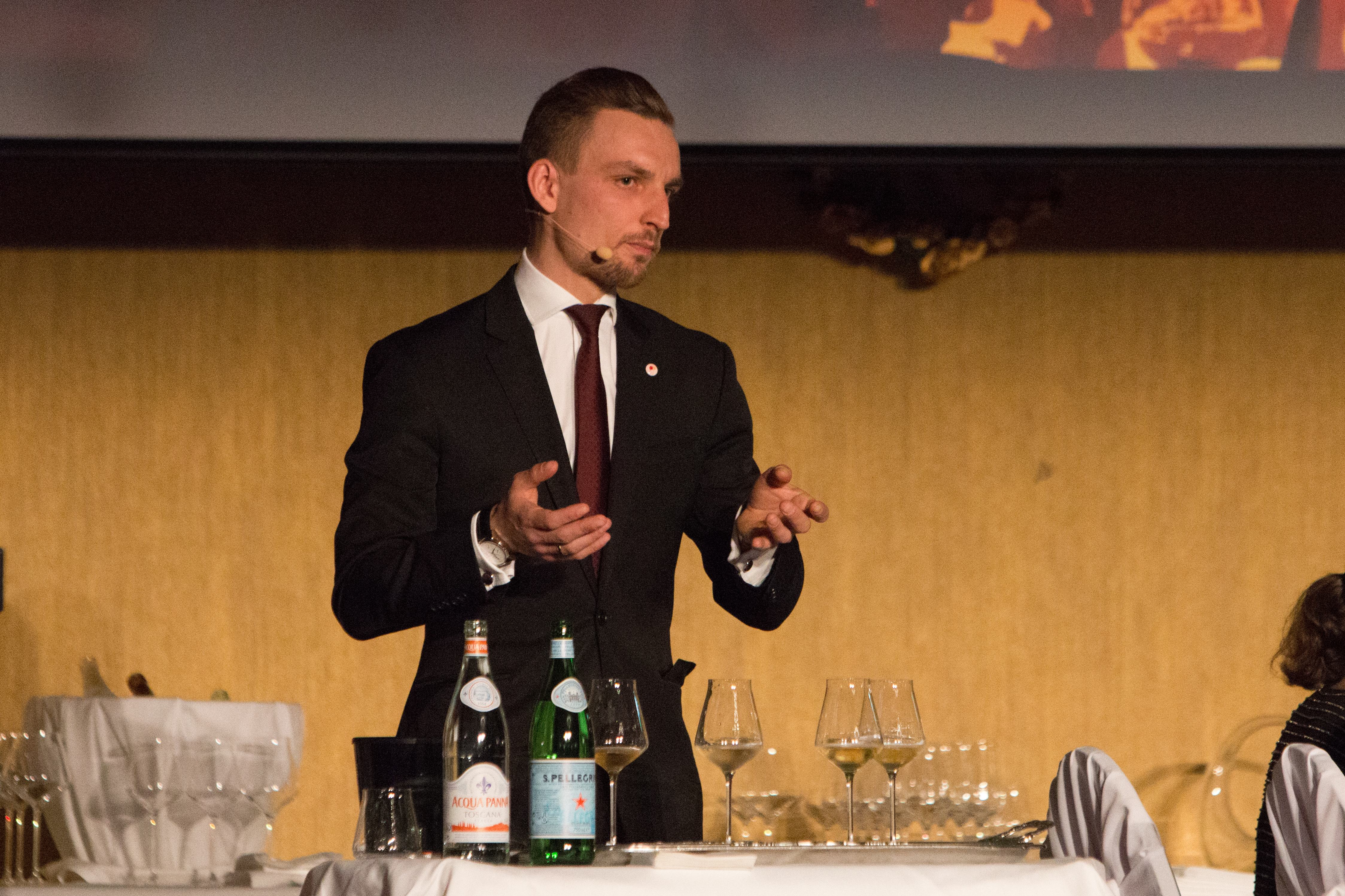 Smaking søte viner Piotr-1.jpg