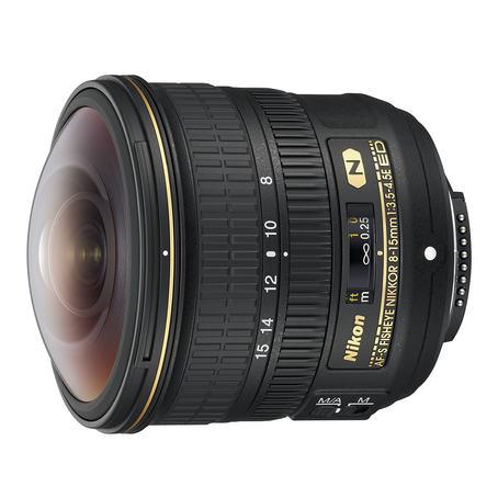 FIsheye-zoomenAF-S Fisheye Nikkor 8-15mm F3.5-4.5E ED gir 180° sirkulært bilde ved 8mm og rekatngulært bilde ved 15mm.