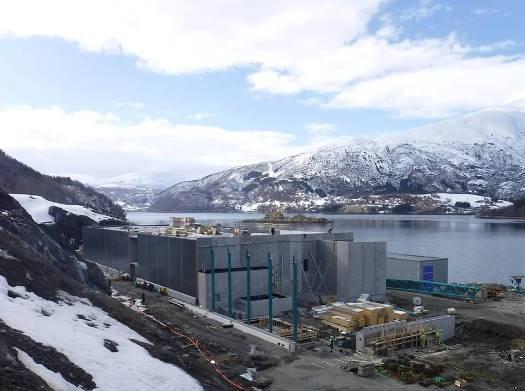 SalmoBreeds anlegg under bygging, Sørfjord