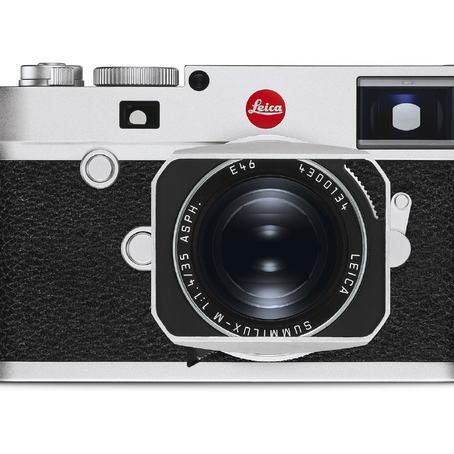 20001_LeicaM10_silver_Summilux-M_35_front_RGB