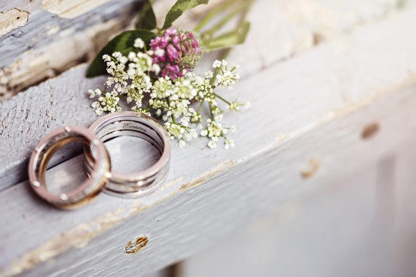 Bilete av gifteringar og blome