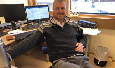 Runar Granheim på kontoret