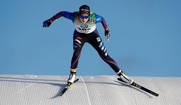 Ebba Andersson flög fram mot seger i premiären i Bruksvallarna. FOTO: Johan Axelsson/Bildbyrån.