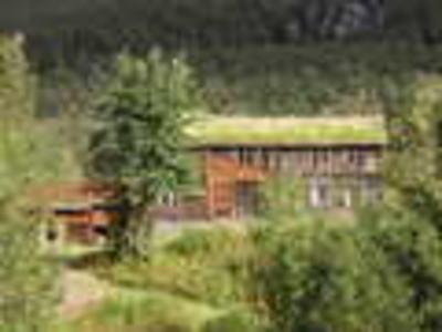 Strømsør hovedhus og fjøs_120x90