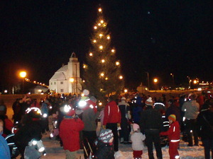 Julegrantenning kirke
