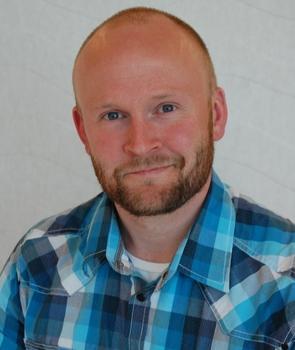 Jørgen Aass_300x451_cropped_295x350