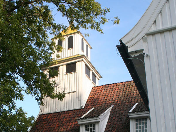 Egersund kirke i sol