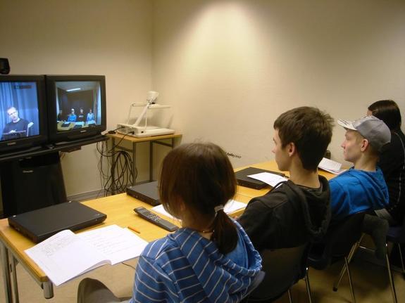 10.trinn får prøve seg i studio mot skolen i Honningsvåg