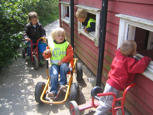 Barnehagene i Eigersund. Lek ute