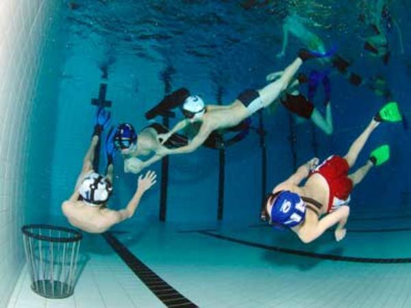 Egersund undervannsrugby. Bilde er tatt fra klubbens hjemmeside