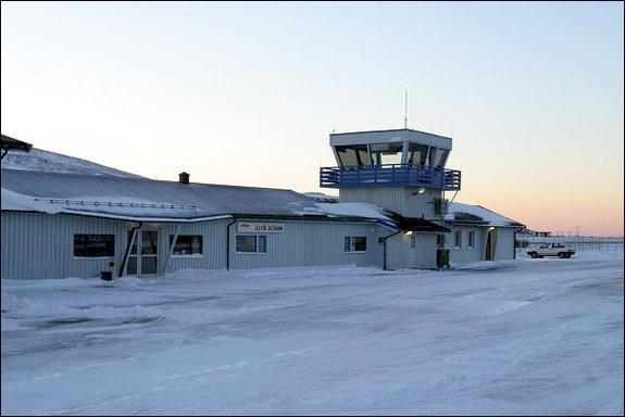 Hasvik lufthavn - Copyright Anne Olsen-Ryum