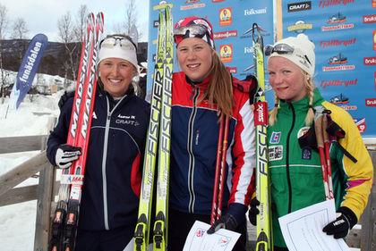 MARIA NORDSTRÖM från Gävle var bäst i D19-20 före Frida Hallquist och Elin Mohlin. Foto: MOA MOLANDER KRISTIANSEN