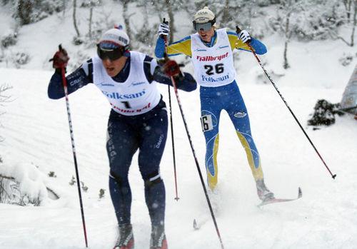 SIMON ANDERSSON, Domnarvets GoIF (bakom) är ny i Team Sunpocket inför nästa säsong. Foto: MOA MOLANDER KRISTIANSEN
