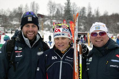 LANDSLAGSTRÄNARNA Rikard Grip (t v) och Jocke Abrahamsson hade all anledning att vara nöjda med Ida Ingemarsdotter i Bruksvallarna. Foto: KJELL-ERIK KRISTIANSEN