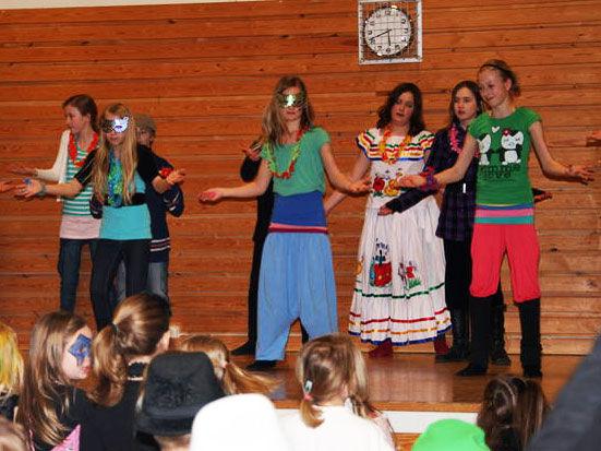 Show på Rundevoll skole