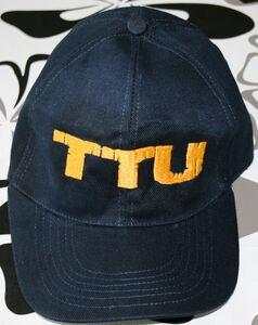 TTU caps brodert med Erlingur design front_595x750