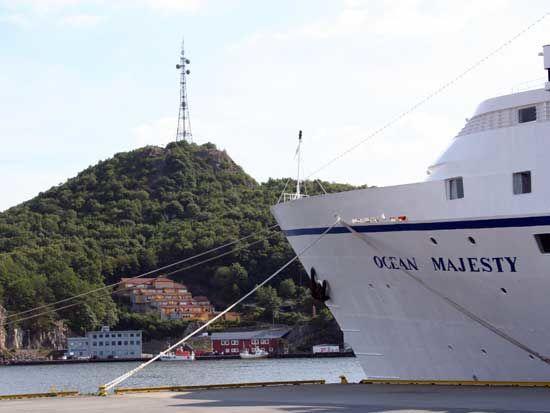 Cruisebåt i Egersund havn