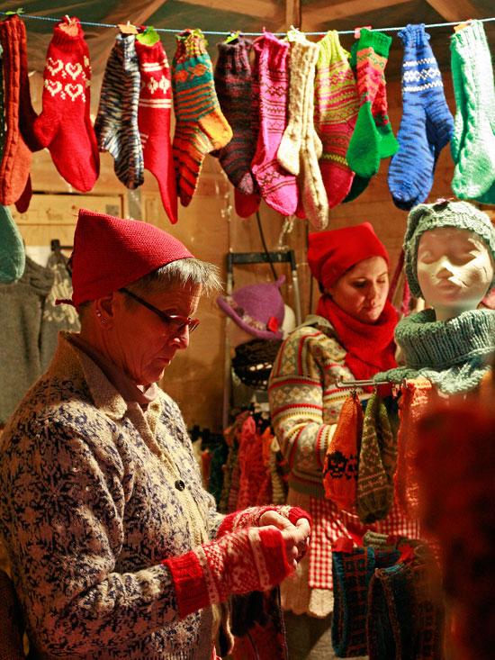Flittige kåne i julebyen. Foto: Johan Aakre
