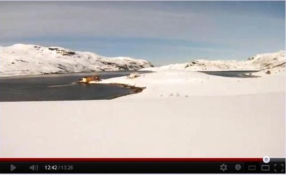 Med snøscooter til Børfjord