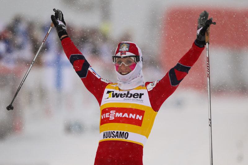 Marit Björgen fick en bra start på Tour de Ski med seger i prologen. FOTO: Laiho/NordicFocus.