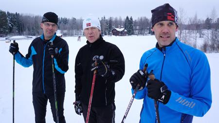 Tomas Jons, John Ahlberg och Tobias Jönsson under arbetet med de nya tävlingsbanorna på Lugnet. FOTO: Lugnet.
