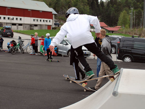 Åpning av skateparken på Slettebø