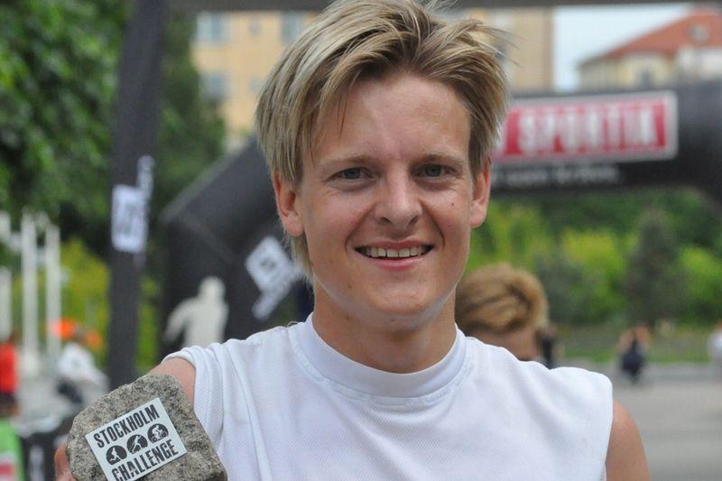 Patrik Karlsson är en av åkarna i Sysarb Oneway. Här är Patrik efter segern i Stockholm Challenge i somras. FOTO: erikwickstrom.se.