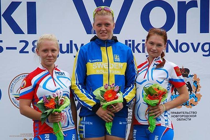 Sara Nordstrand vann juniorklassen före två hemmaåkare vid världscupen på rullskidor i Ryssland. FOTO: Svenska skidförbundet.