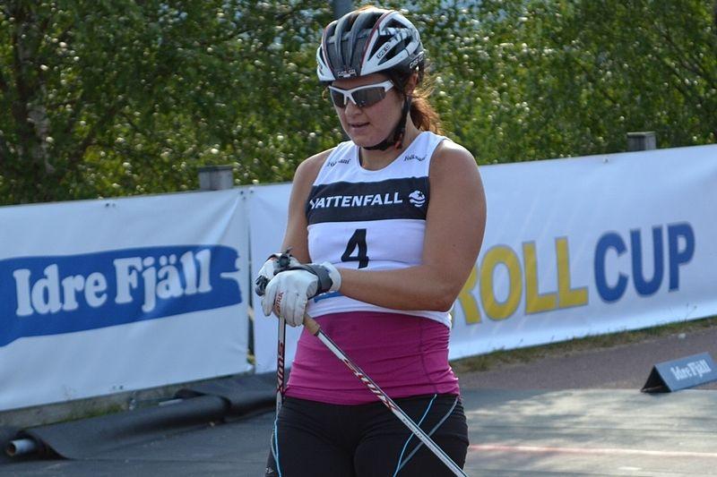 Britta Johansson Norgren vann lördagens rullskidrace upp till Idre Fjäll. Här vid fredagens målgång då hon blev sexa. FOTO: Johan Trygg.