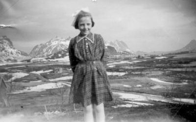 Sommarland ca. 1952 Originalbildet er lånt av Gulldis og Arne Martinussen