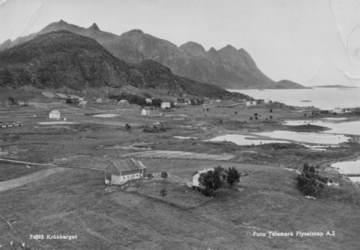 Postkortmotiv fra Kråkberget 1950 –55 (Telemark Flyselskap AS) Kortet er lånt av Asbjørn Hanssen