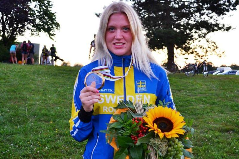 Sara Nordstrand tog två junior-guld vid VM på rullskidor. FOTO: Martin Eckervad.