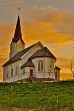 Eidet kirke. Foto Jean Raymond Kolbjørnsen