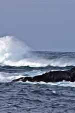 Opprørt hav. Foto Jean Raymond Kolbjørnsen