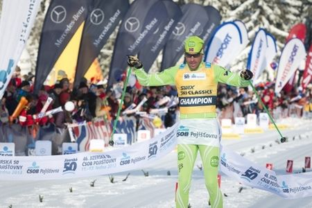 Det blir en del nya poängregler i Swix Ski Classics för Anders Aukland och de andra teamåkarna. Här är Anders vid segern i Jizerska i vintras. FOTO: Magnus Östh.