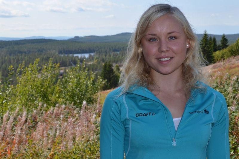 Julia Svan ser fram emot första säsongen som senior. Här är hon vid Team 2015:s läger i Grönklitt tidigare i höst. FOTO: Johan Trygg.