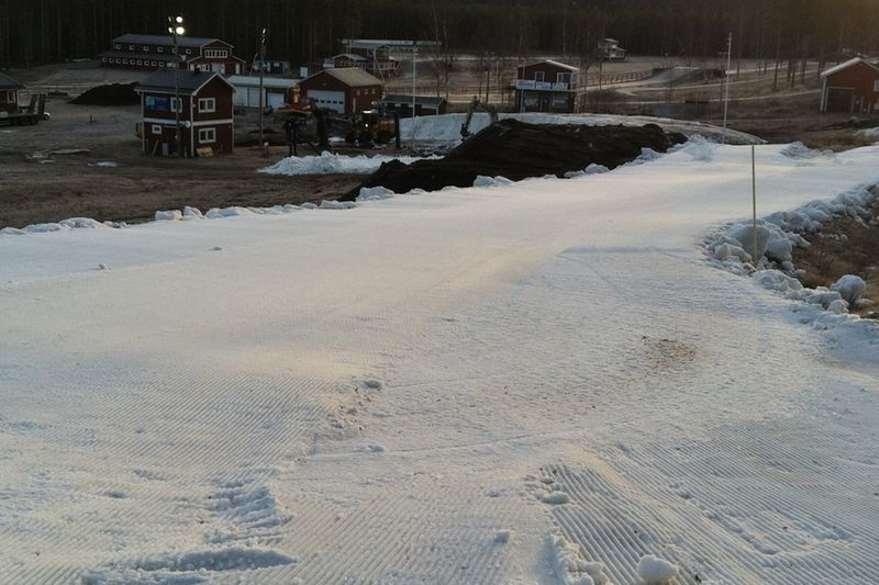 Här växer banan för BDX-sprinten fram på Lindbäcksstadion. FOTO: Arrangören.