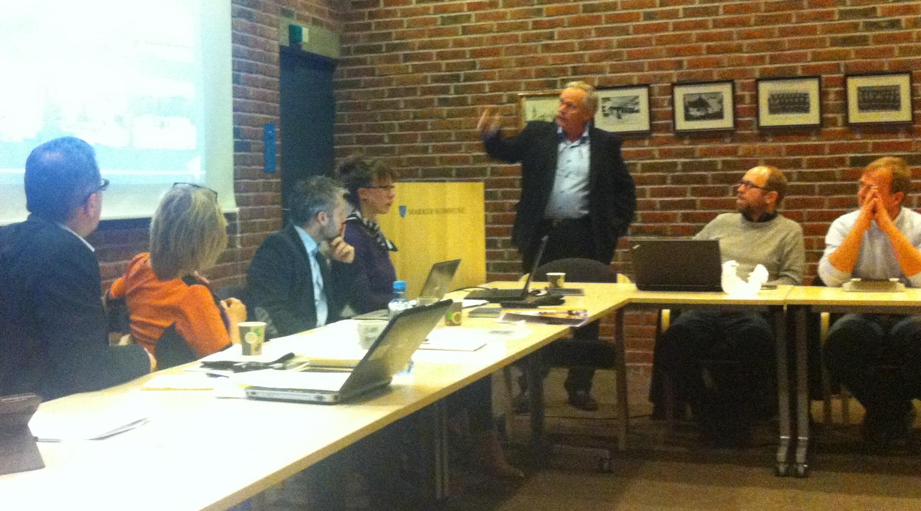 John Grønlien fra Totalprosjekt AS informerte om Ideell privat partnerskap (moderne OPS).