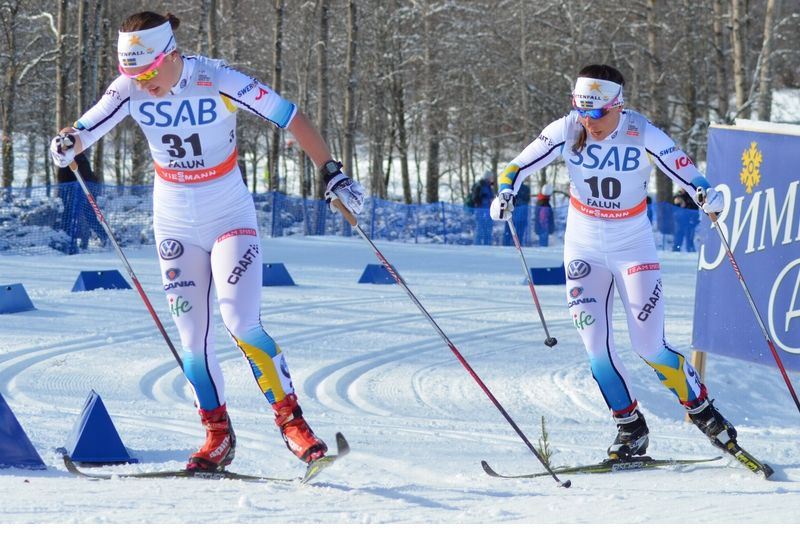 Emma Wikén och Charlotte Kalla kämpade om att bli bästa svenska. Kalla vara starkast på slutet och åkte in som femma, Wikén blev sjua. FOTO: Linus Trygg.