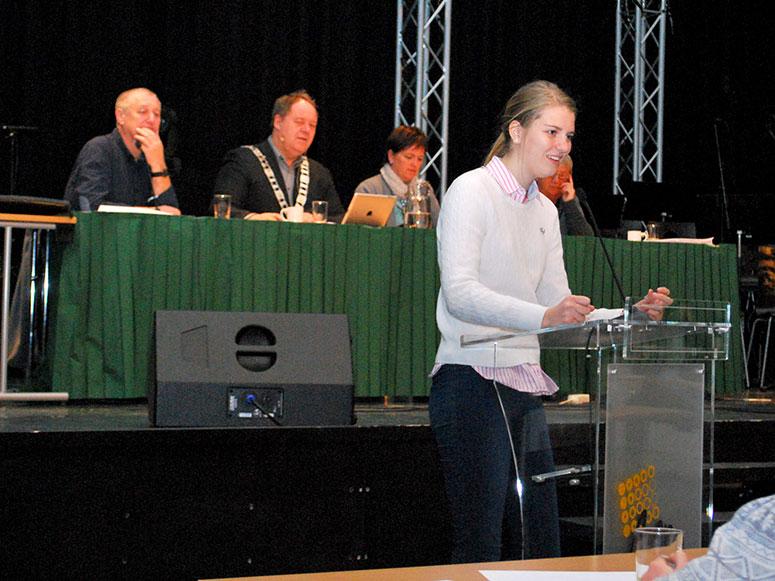 Barn-og-unges-kommunestyre-2014-taler.jpg