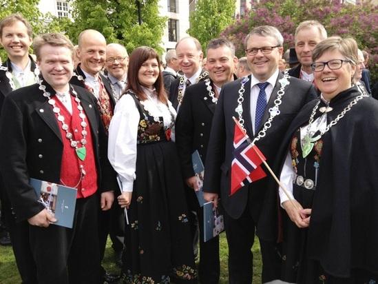 Gudbrandsdalens ordførere 2014 - med to unntak Foto Bjørn Iddberg_549x412.jpg