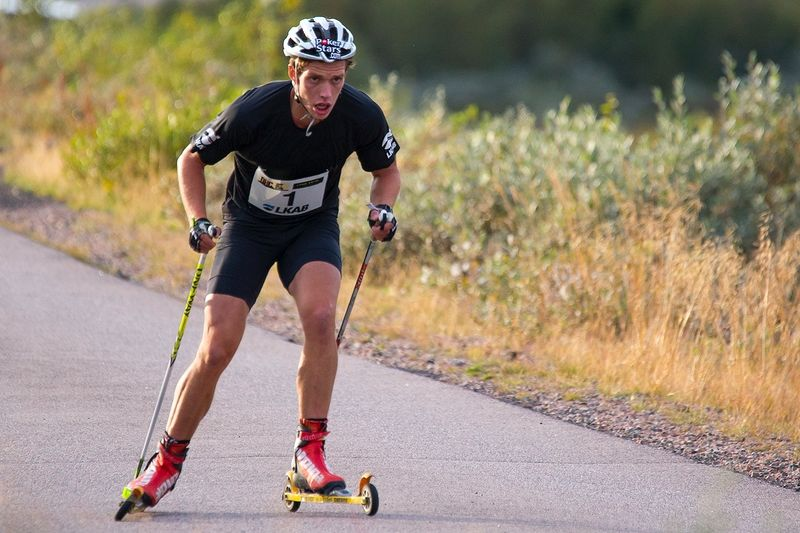 Marcus Hellner på väg mot överlägsen seger i Dundret Hill Climb. FOTO: Yngve Johansson.